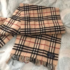 Used Burberry scarf. Cashmere